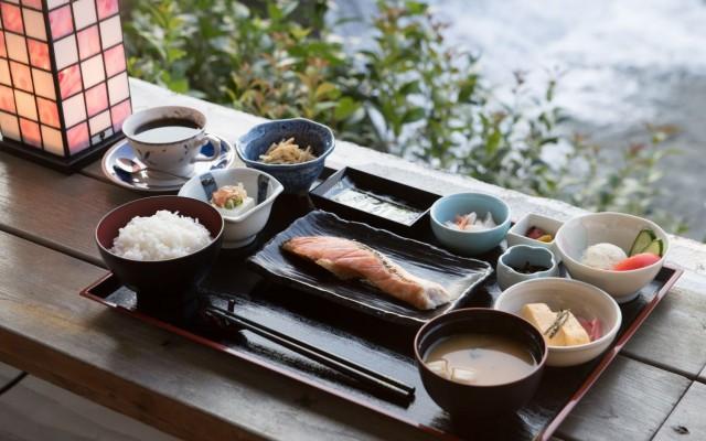 朝食(テラス)